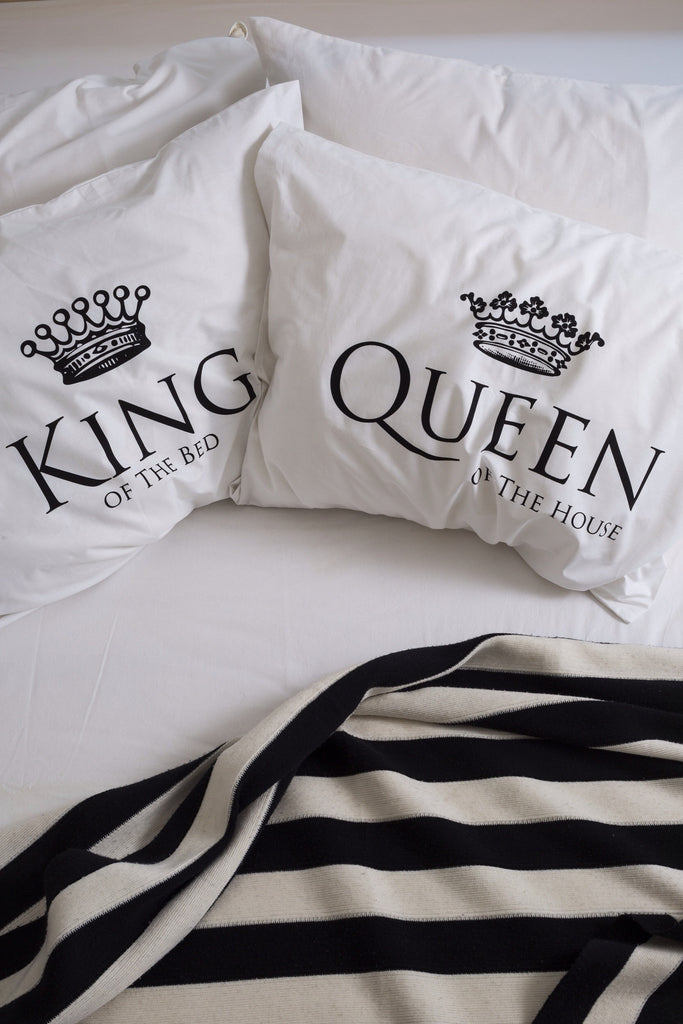 king queen pillow talk. Black Bedroom Furniture Sets. Home Design Ideas