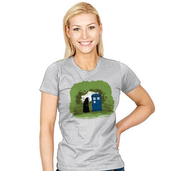 Curious Faceless Spirit - Womens - T-Shirts - RIPT Apparel