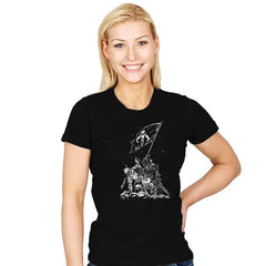 Rise Of The Bounty Hunters - Womens - T-Shirts - RIPT Apparel
