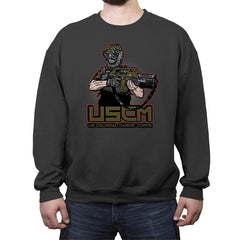 Colonial Facehugger - Crew Neck Sweatshirt - Crew Neck Sweatshirt - RIPT Apparel