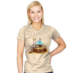A New King - Art Attack - Womens - T-Shirts - RIPT Apparel