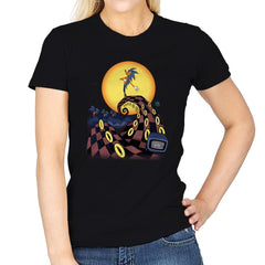 Nightmare Of The Rings - Womens - T-Shirts - RIPT Apparel
