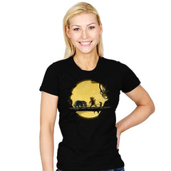Lion Pooh - Womens - T-Shirts - RIPT Apparel
