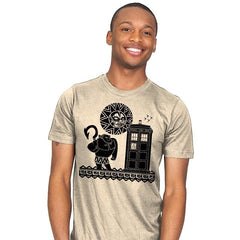 Maui Meets The Doctor - Mens - T-Shirts - RIPT Apparel