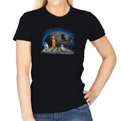Droid Road Exclusive - Womens - T-Shirts - RIPT Apparel
