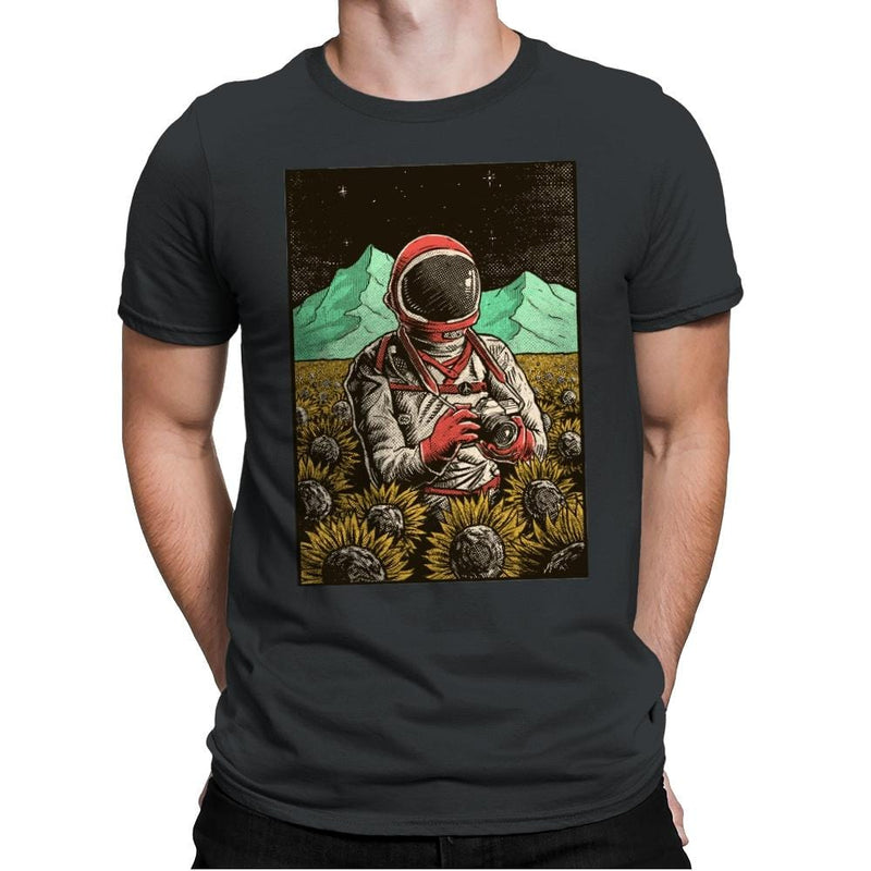 Outer Space Man - Mens Premium - T-Shirts - RIPT Apparel