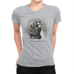 Final Kiss - Womens Premium - T-Shirts - RIPT Apparel