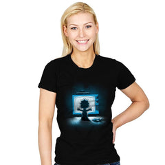 Maggiegeist - Womens - T-Shirts - RIPT Apparel
