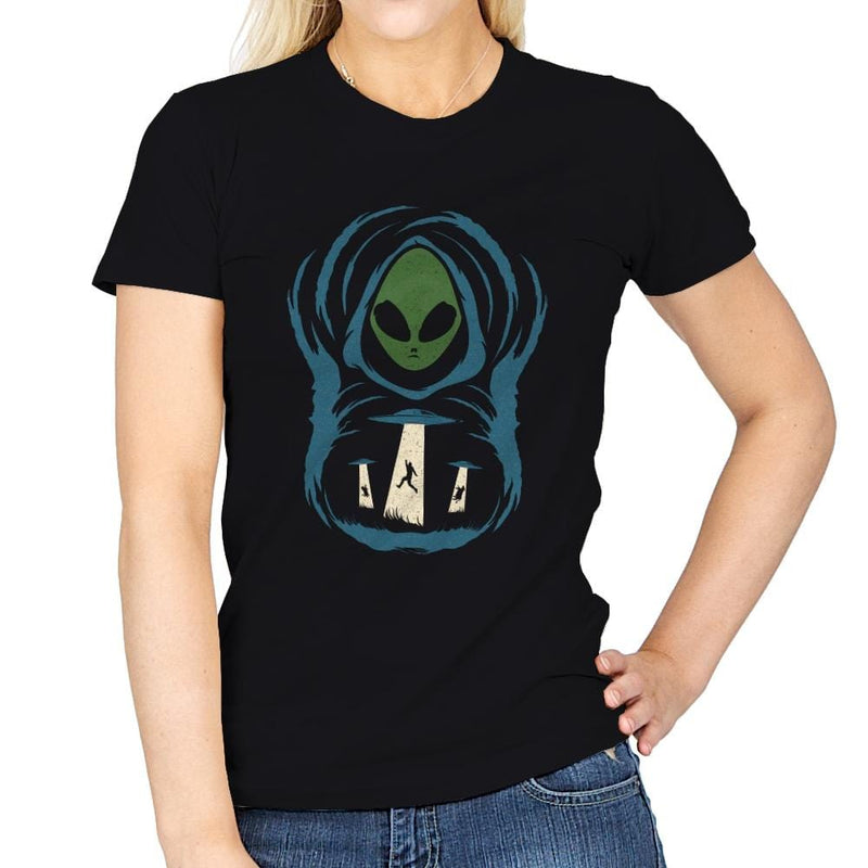 The Abduction In The Field - Womens - T-Shirts - RIPT Apparel