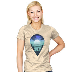 Pin Your Destination - Womens - T-Shirts - RIPT Apparel