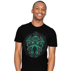 Great Cthulhu - Mens - T-Shirts - RIPT Apparel