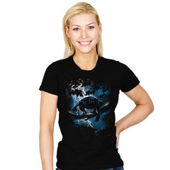 The Dark Panther Returns - Womens - T-Shirts - RIPT Apparel