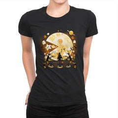 Game of Halloween - Womens Premium - T-Shirts - RIPT Apparel
