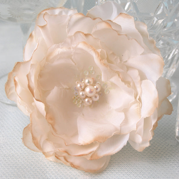 Confection Vintage Faux Silk Cream Rose Bridal Hair Flower