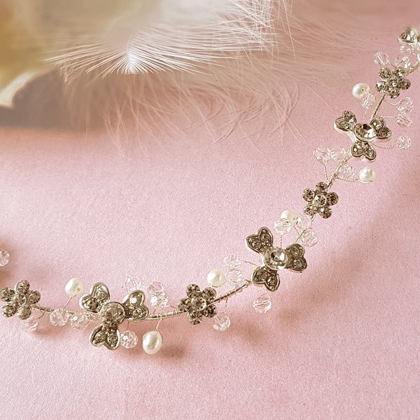 Delightful Diamante Flower & Freshwater Pearl Bridal Hair Vine Detail