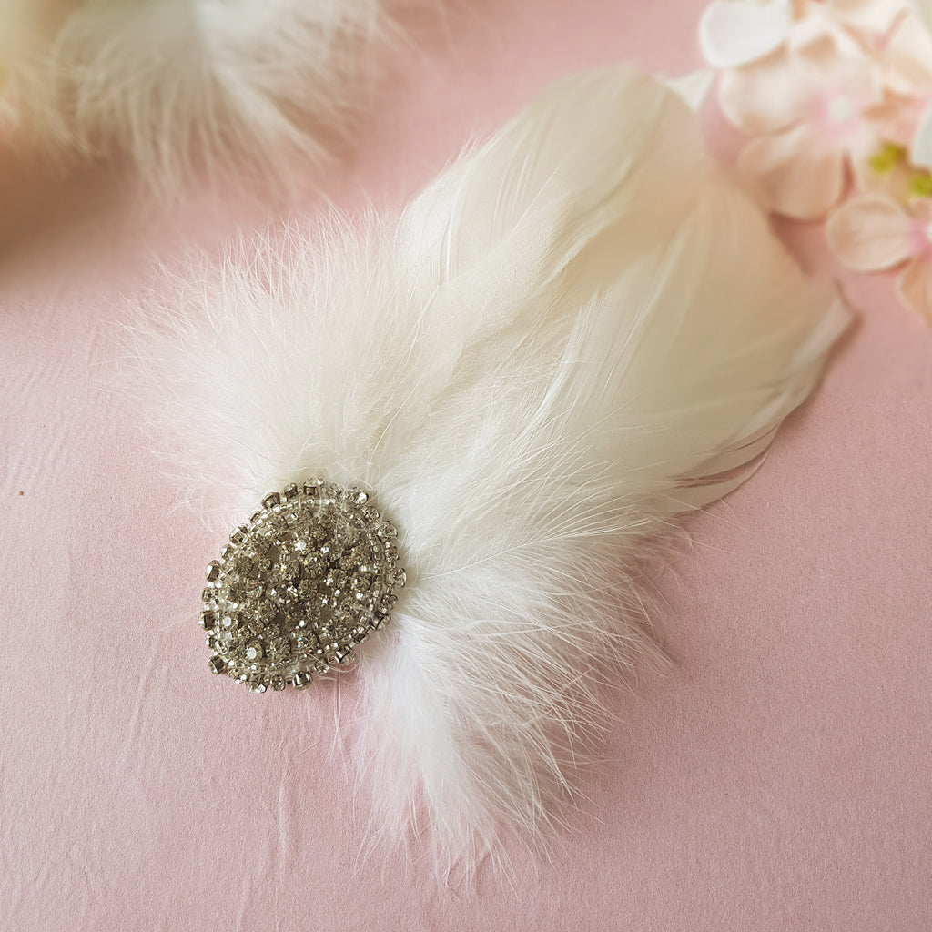 Gigi Luxury Vintage Wedding Feather Fascinator Hair Clip