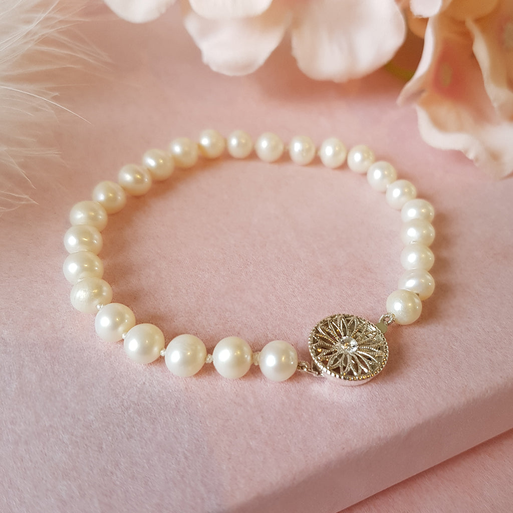 GRACE IVORY PEARL WEDDING BRACELET