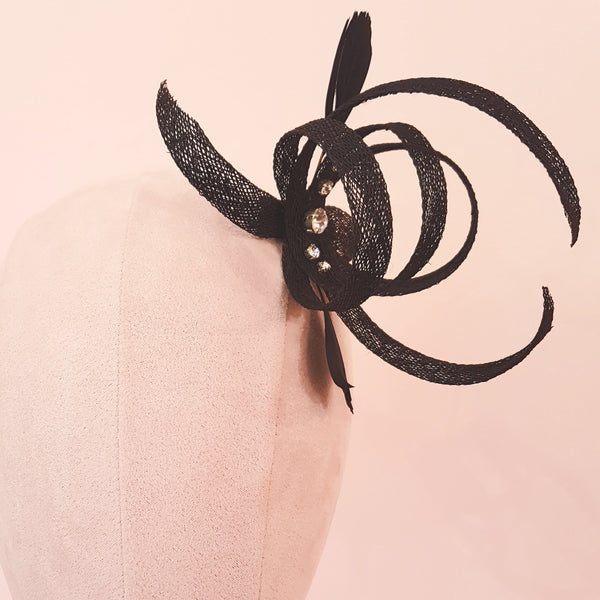 small black fascinator