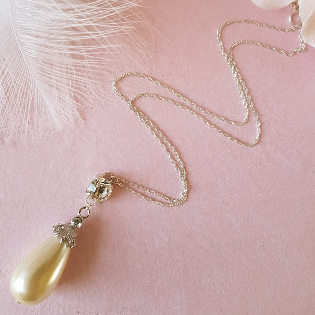 Showstopper Statement Vintage Pearl Drop Necklace