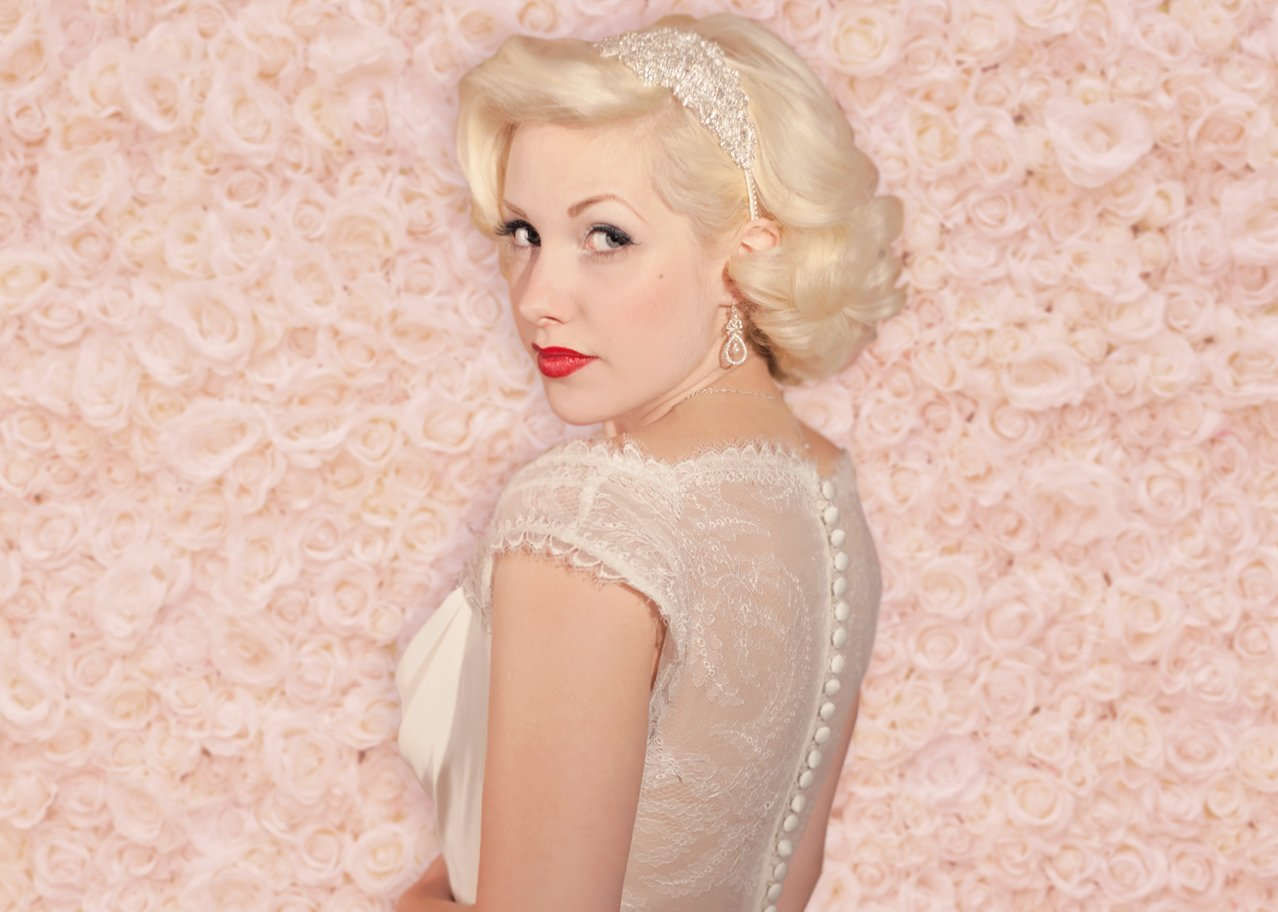 Beautiful vintage bridal jewellery and wedding hair accessories by Susie Warner