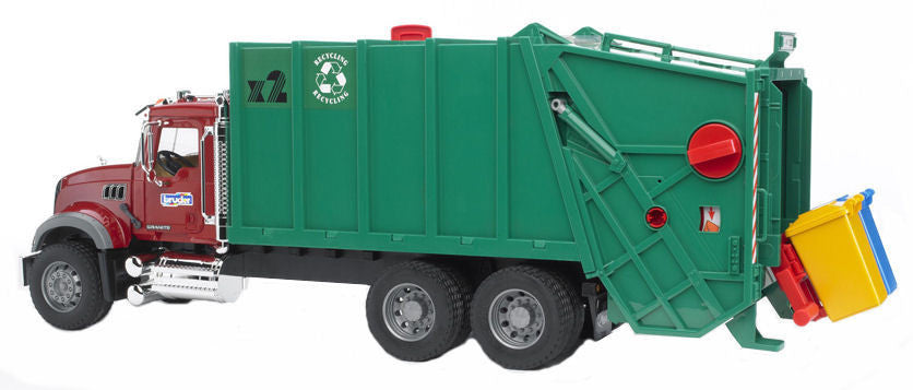 #02812 1/16 Mack Granite Rear Loading Garbage Truck