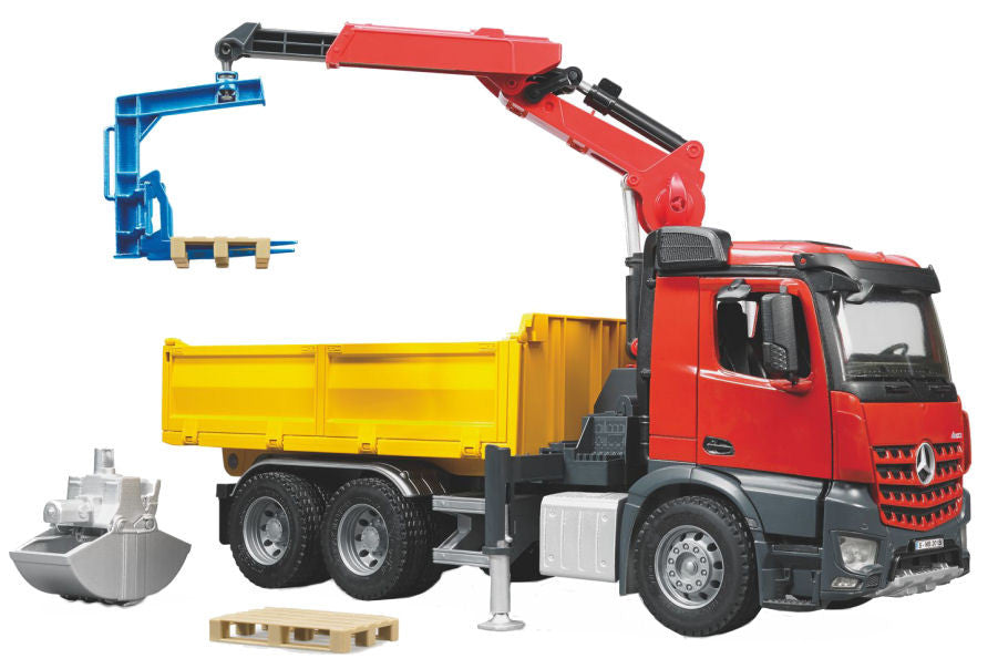 #03651 1/16 Mercedes Benz Arocs Construction Truck with Crane & Accessories
