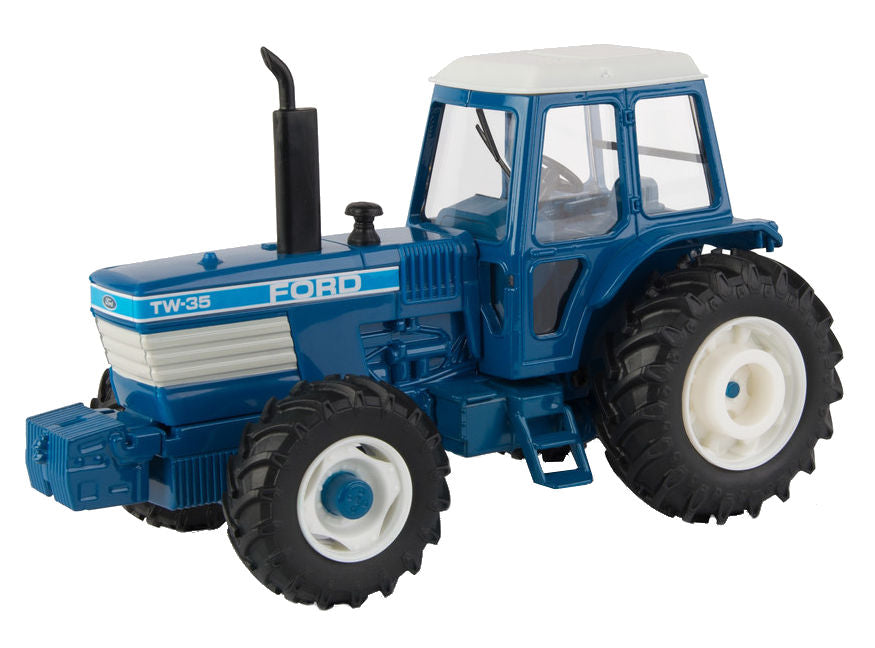 #13945 1/32 Ford TW-35 MFD Tractor