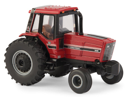 Case IH Magnum MX 220 Tractor with Rear Duals  ERTL 1:64 Scale  Sale New 14963