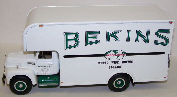 #19-1203 1/34 Bekins 1957 International R-200 Moving Van