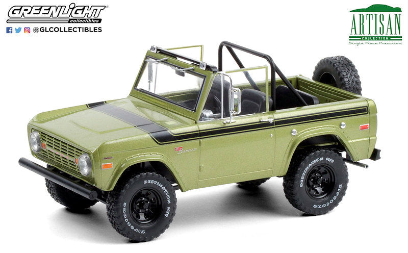 #19100 1/18 1975 Ford Bronco Sport, Medium Green Glow
