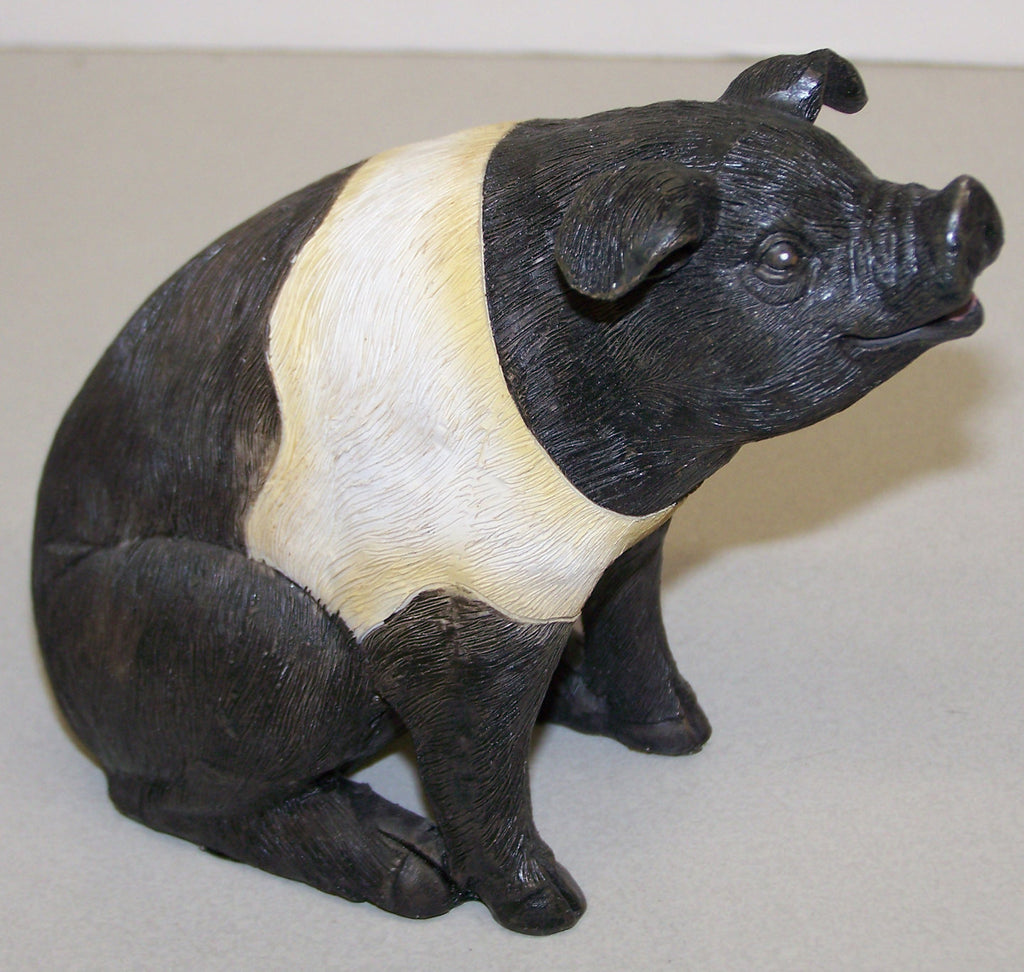 "#2513600B 6"" Resin Pig Sitting Figure"