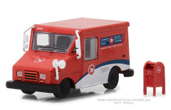 #29889 1/64 Canada Post Long-Life Postal Delivery Vehicle (LLV) with Mailbox