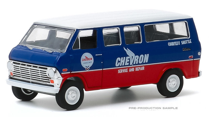 #35160-A 1/64 Chevron Courtesy Shuttle 1970 Ford Club Wagon