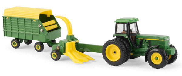 #45589 1/64 John Deere 4960 Tractor with Forage Harvester & Wagon Set
