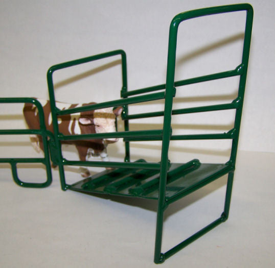 #500211 Green Metal Loading Ramp