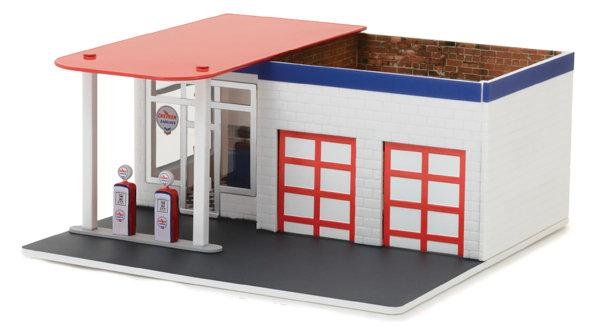#57022 1/64 Chevron Vintage Gas Station