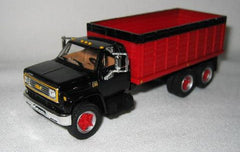 #60-0885 1/64 Black & Red 1970 Chevy C65 Tandem Axle Grain Truck