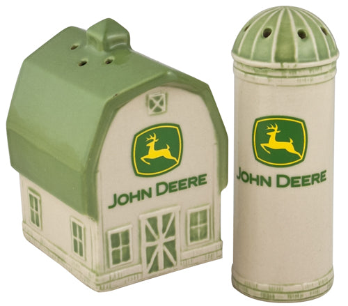 #6937 John Deere Barn & Silo Salt & Pepper Shaker Set