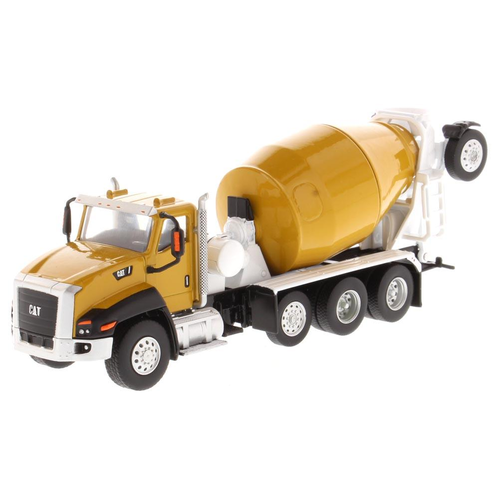 #85632 1/64 Caterpillar CT660 with McNeilus Bridgemaster Concrete Mixer