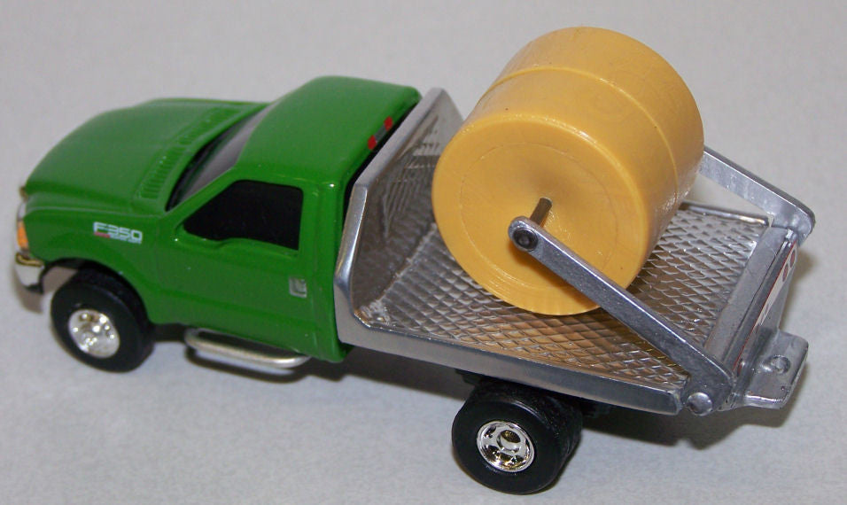 #CP18 1/64 Green Ford F350 Dually with Silver Flatbed & Hay Lift