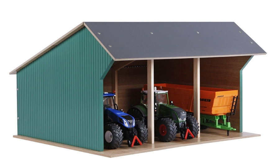 #KG610193 1/32 Large Wooden Farm Shed for 3 Tractors