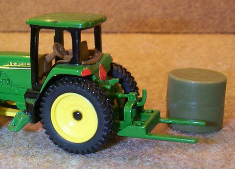 #TP3101 1/64 Green 3-Point Bale Fork with Bale
