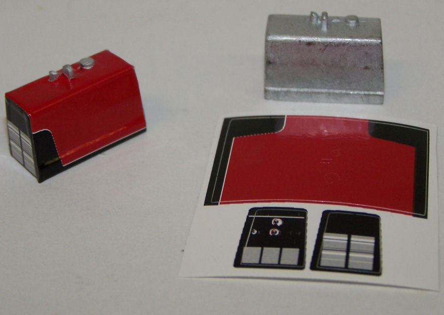 #TRP5500R 1/64 Portable Engine Welder with Red Decal Sheet