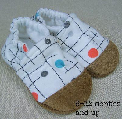 *Snow & Arrow Slippers - Size 6 to 12 months