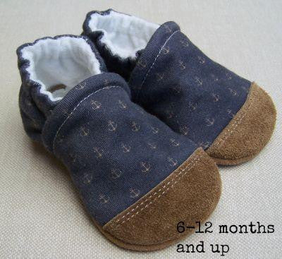 *Snow & Arrow Slippers - 2T