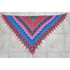 Hand-knit triangular lacework shawl