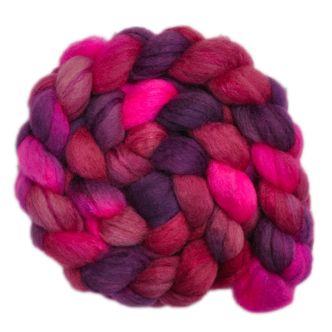 BFL Wool / Trilobal Nylon 70/30% Roving - Contented Heart 2 - 3.9 ounces