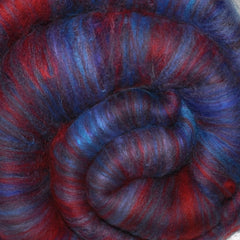 Drum carded batt for spinning and felting