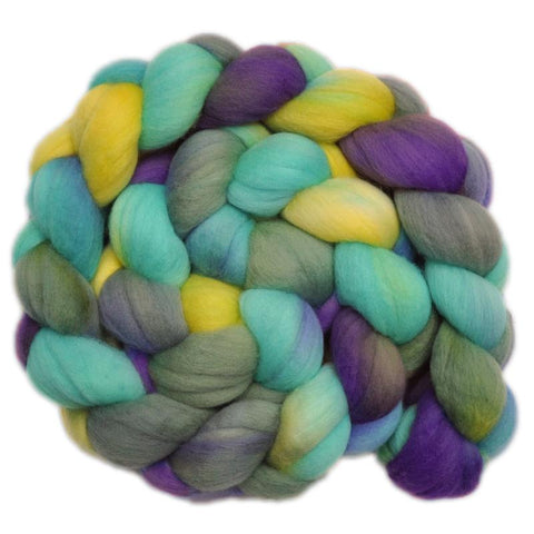 Merino Wool Roving, 19 micron - Lilacs in Sun - 4.2 ounces