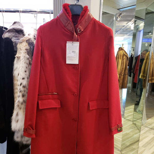 Loro piana Red cashmere with matching mink